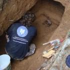 Deshumarea osemintelor opozantului anticomunist Alecsa Bel, iunie 2013